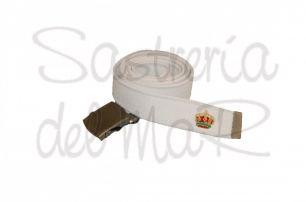 Cinturón de lona blanco con corona bordada